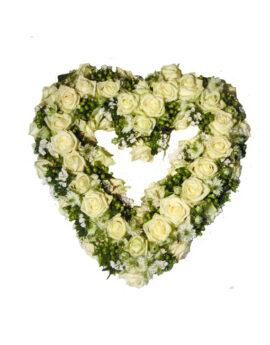 Wit bloemen hart