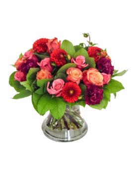 Anjers, rozen en dahlia