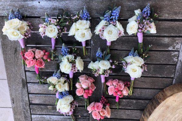Lente corsages FlowersRme